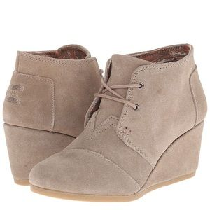 Toms Desert Wedge Boots Taupe